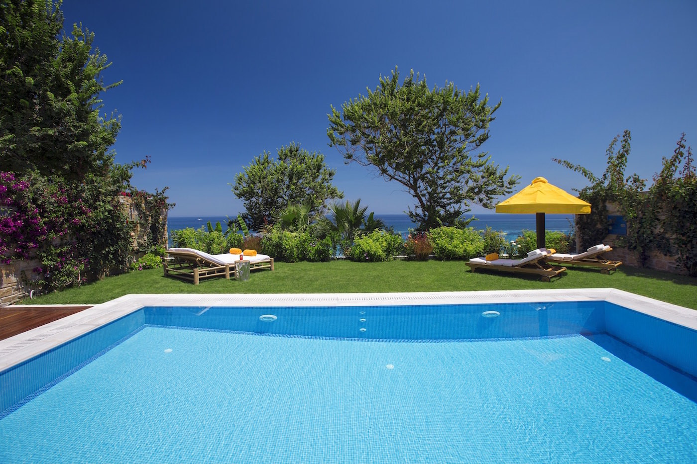 One Royal Spa Villa with private heated pool on the beachfront