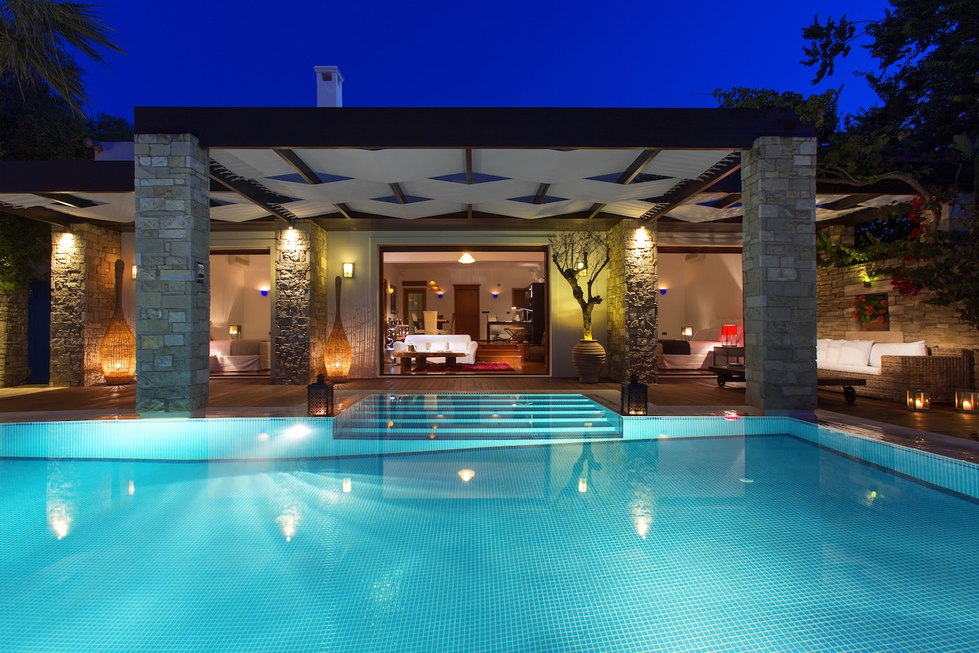 Luxury villas zakynthos best 5 star boutique hotel for Club piscine west island